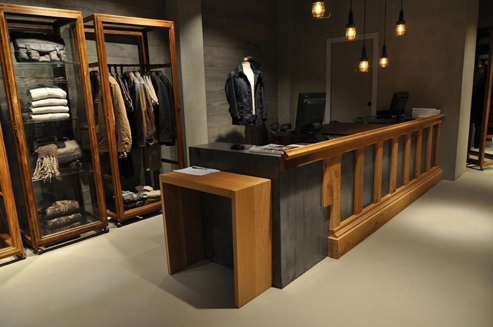 MCS BOUTIQUE PARIS - ARREDAMENTO DI INTERNI